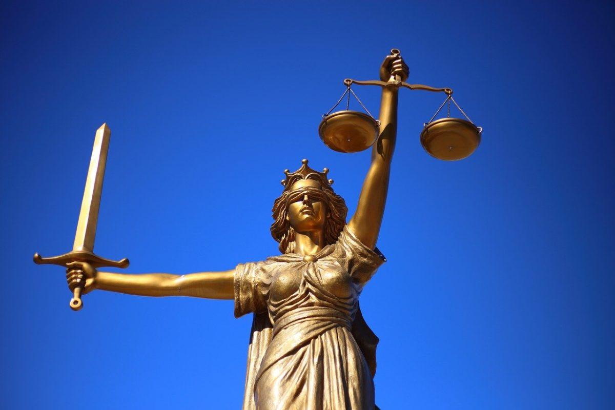 W czym umie nam pomóc radca prawny? W których sprawach i w jakich sferach prawa wesprze nam radca prawny?